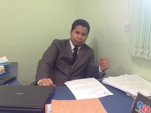 Osny Brito, advogado de defesa de Francinete Moreira (Foto: John Pacheco/G1)