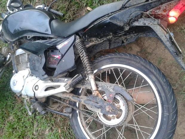 Moto era conduzida por técnica em enfermagem (Foto: Divulgação/GCM)