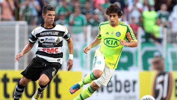 Valdivia na partida do Palmeiras contra o XV (Foto: Ag. Estado)