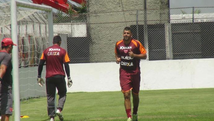 Daniel Marques CRB (Foto: Viviane Leão/GloboEsporte.com)