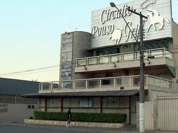 Restaurante que pertenceria a seita fecha as portas em Pouso Alegre (Foto: Reprodução EPTV)