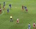 Fábio, gêmeo ex-United, faz golaço em chutão pela segunda divisão inglesa