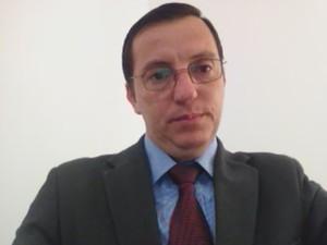 Conselheiro Rone Barbosa explicou aplicação das resoluções do Contran (Foto: Reprodução Skype)