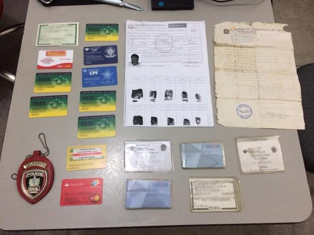 Mulheres estavam com vários documentos em nome de outras pessoas (Foto: Divulgação/Secom-PB)