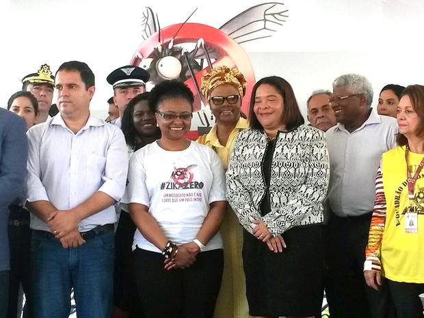 Ministra Nilma Lino Gomes em mobilização contra o Aedes aegypti em São Luís (MA) (Foto: Joyce Mackay / G1)