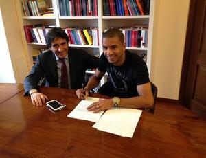 Bruno Peres lateral-direito Torino (Foto: Torino / Site Oficial)