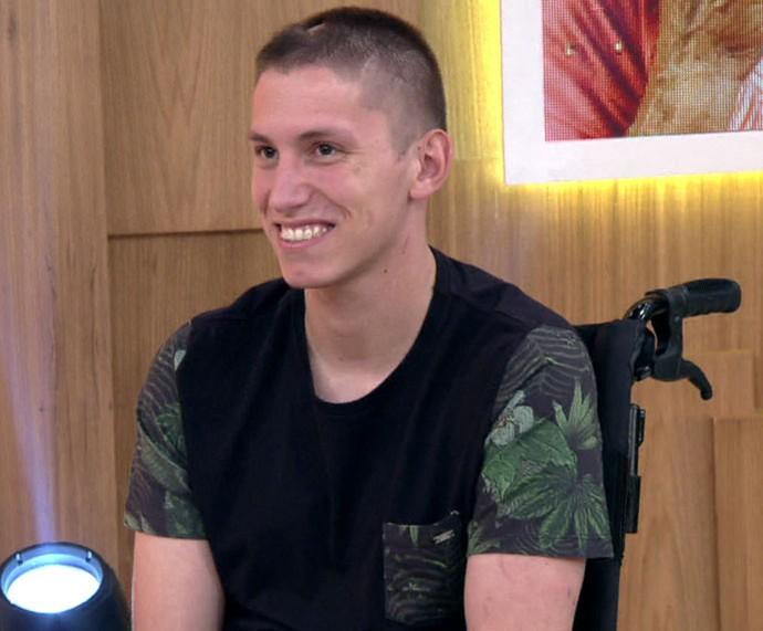 Follmann participa do 'Encontro' e revela planos para o futuro (Foto: TV Globo)