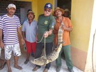 Ibama resgata jacaré de 1,8 metro em residência no interior do Ceará