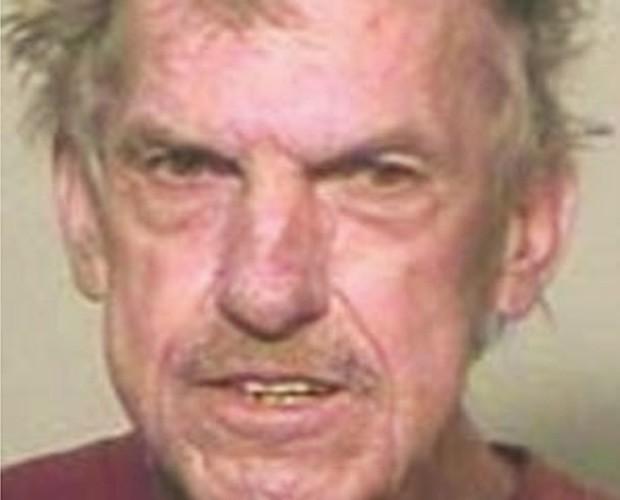 Clyde Dorian Hobbs foi preso por ligar 17 vezes para o 911 para falar sobre sexo (Foto: Divulgação)