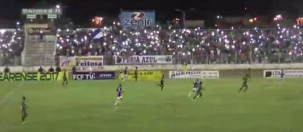 Com Morenão iluminado pela torcida, Iguatu vence o Floresta e conquista título da Série B do Cearense (Foto: Reprodução/FCF TV)