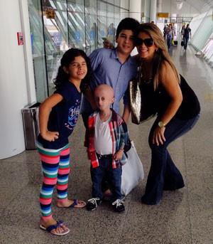 Família não escondia felicidade pela realização do sonho de Nathan (Foto: Ricardo Araújo/G1)