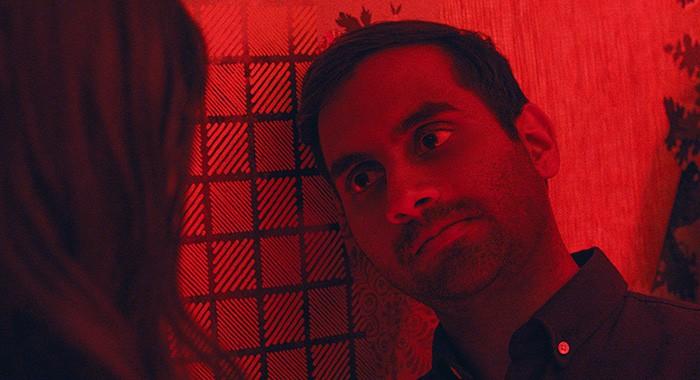 Aziz Ansari na série Master of None (Foto: Divulgação)