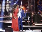 Ludmilla ganha carinho de Roberto Carlos em gravação de especial