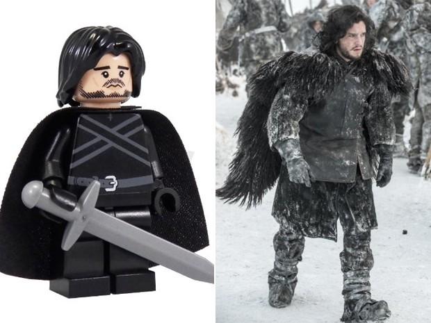 Versão em Lego de Jon Snow e o personagem na série 'Game of thrones' (Foto: Divulgação)