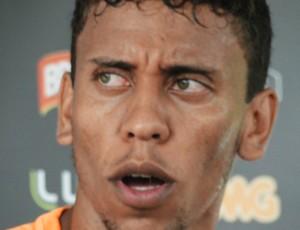 Marcos Rocha, lateral do Atlético-MG (Foto: Fernando Martins e Miguel)