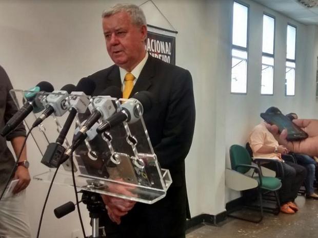 Delci Teixeira explicou o motivo de sua saída do cargo de secretário da segurança do Estado (Foto: Lena Sena/G1 Ceará)