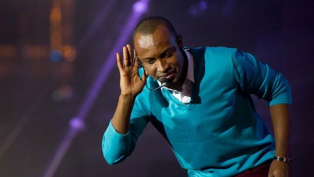 O cantor Thiaguinho se apresenta na noite de abertura da Festa do Peão de Barretos 2012, nesta quinta-feira (Foto: Flavio Moraes/G1)
