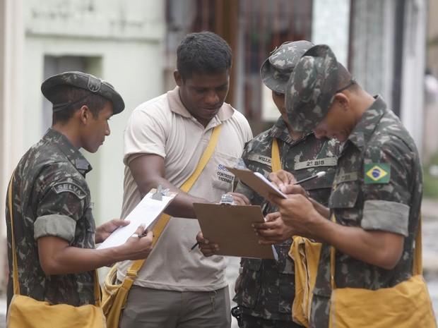 Exército ajuda no combate a dengue no Pará belém aedes  (Foto: Tarso Sarraf/O Liberal)