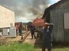 Casa de madeira é destruída pelo fogo em Bauru