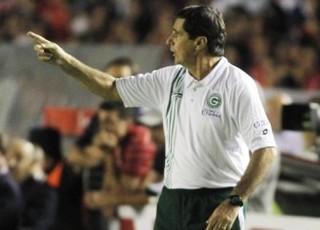 Artur Neto - Goiás x Independiente - 2010 (Foto: Ricardo Rafael / O Popular)