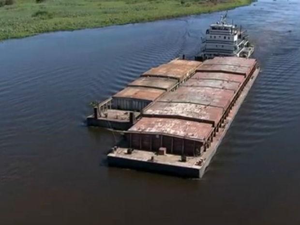 Transporte de cargas na hidrovia do rio Paraguai em Mato Grosso do Sul (Foto: Reprodução/TV Morena)