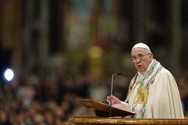 Papa Francisco na Basílica de São Pedro nesta terça-feira (31) (Foto: Giampiero Sposito/ Reuters)