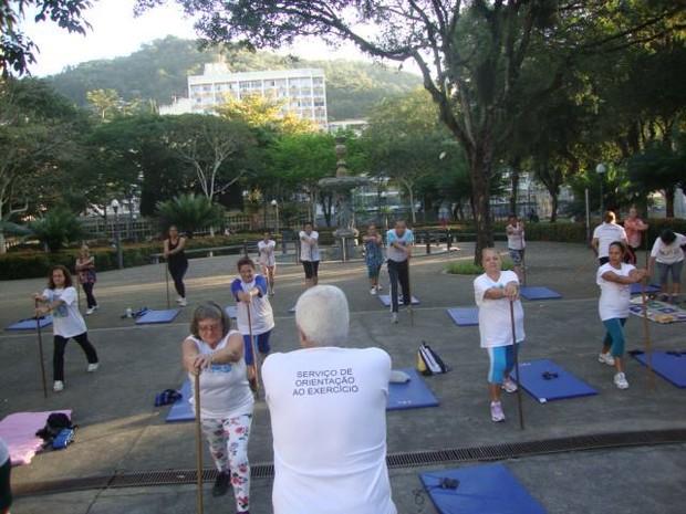 Serviço de Orientação ao Exercício é oferecido no Parque Moscoso (Foto: Rita de Cássia Santiago/ Arquivo Pessoal)