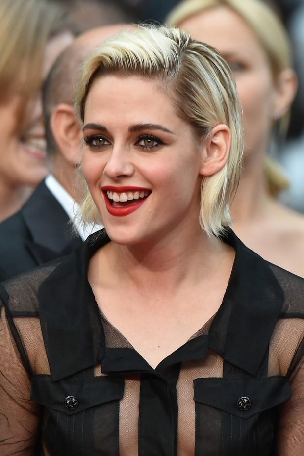 Kristen Stewart na abertura do Festival de Cannes (Foto: AFP)