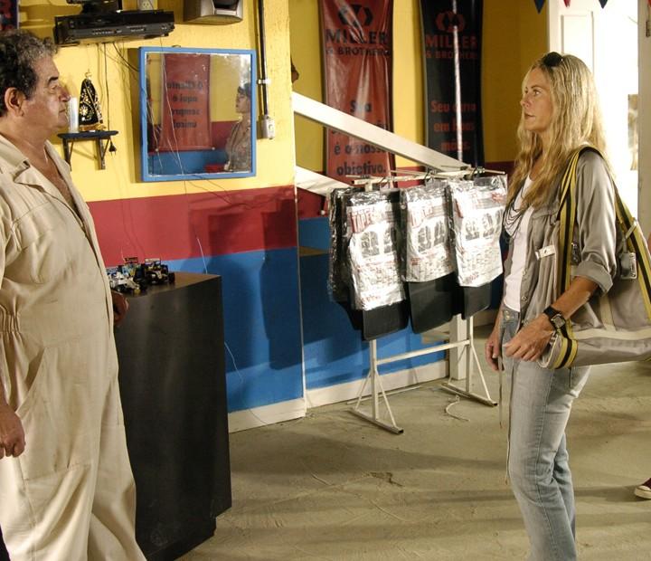 Em cena com Otávio Augusto, Vera Fischer era a fotógrafa Dolores em 'Duas Caras' (Foto: Fabrício Mota / TV Globo)
