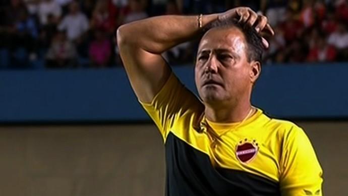 Márcio Goiano - técnico Vila Nova (Foto: Reprodução / SporTV)