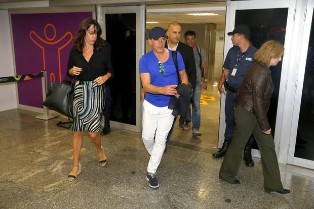 Antonio Banderas desembarca no Rio (Foto: Delson Silva/Agnews)