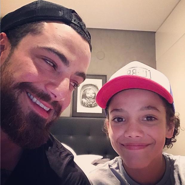 Felipe e Theo Titto  (Foto: reprodução/Instagram)