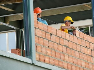Obras da primeira Delegacia Legal de Teresópolis estão avançadas (Foto: Prefeitura de Teresópolis/Jeferson Hermida)