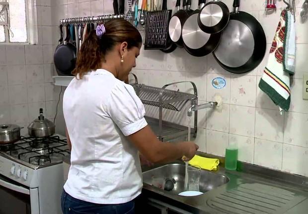 Brasil tem quase 64 milhões de lares com acesso a telefone celular