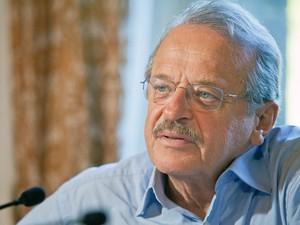 Tarso Genro diz que maior erro de seu governo foi não ter revisado contratos do Daer (Foto: Pedro Revillion/Palácio Piratini)