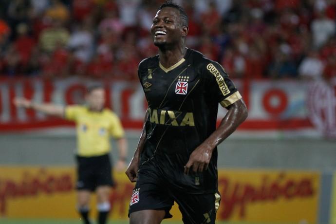 Riascos gol - América-RN x Vasco (Foto:  NUNO GUIMARÃES - Agência Estado)
