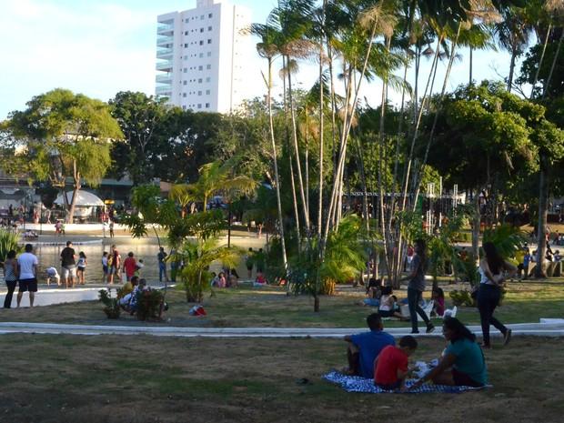 Praça Floriano Peixoto tem paisagismo recuperado em Macapá (Foto: Abinoan Santiago/G1)