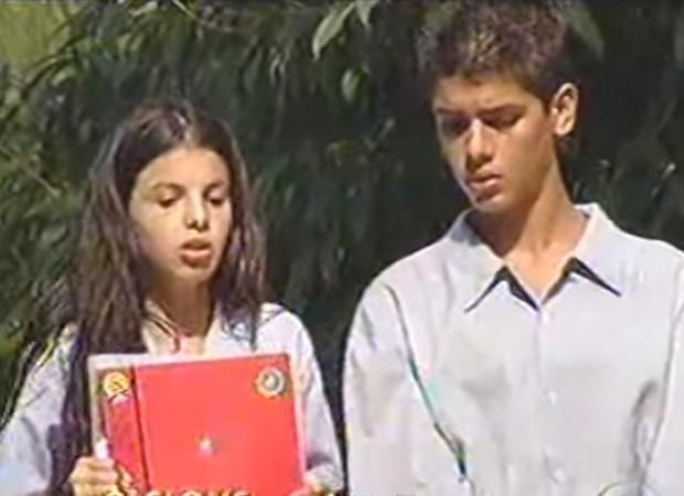 Sthefany Brito e Yuri Xavier na novela 'O Clone' (2001) (Foto: Reprodução)