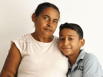 Neto pede oração para avó com câncer (Foto: Eduarda Fernandes/G1)