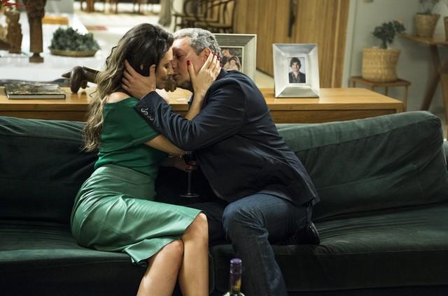Maria Fernanda Cândido e Marcello Airoldi em 'A força do querer' (Foto: Estevam Avellar/TV Globo )