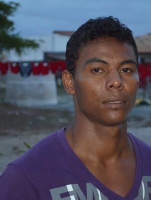 Carlinhos é o novo reforço do Sergipe (Foto: Thiago Barbosa/GLOBOESPORTE.COM/SE)