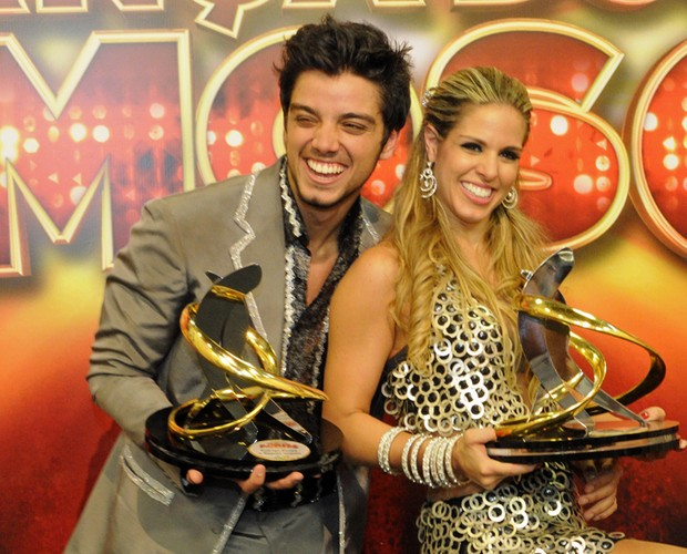 Rodrigo Simas e Raquel Guarini (Foto: Domingão do Faustão/TV Globo)