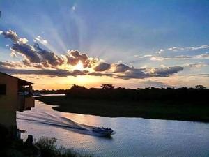 Rio Paraguai em Cáceres (Foto: Cintia Garcia)