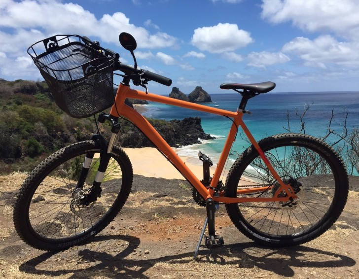 Bicicletas em Noronha 3