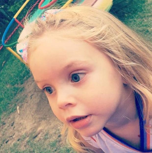 Aurora, filha de Rafael Cardoso e Mari Bridi (Foto: Reprodução/Instagram)