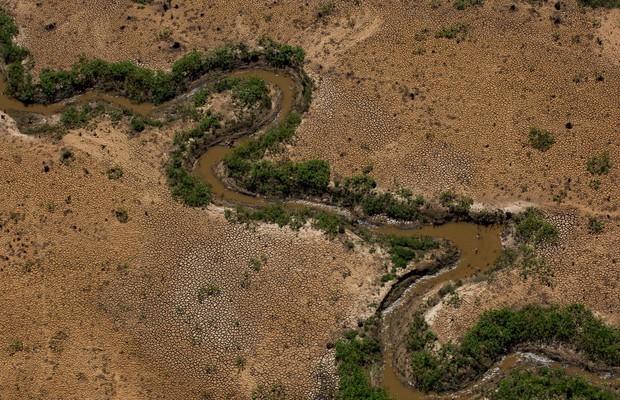 Vista aérea do Rio Atibainha, que abastece as represas do Sistema Cantareira, em São Paulo (Foto:  Victor Moriyama/Getty Images)