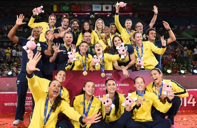 Brasil campeão pódio Grand Prix vôlei (Foto: AFP)