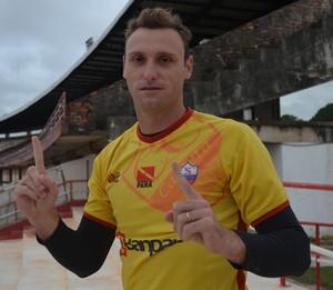 Alencar Baú, atual goleiro do Cametá (Foto: Weldon Luciano  - GloboEsporte.com)