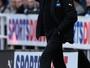 Newcastle demite técnico e pode pagar a Benítez mesmo salário do Real