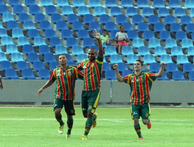 Sampaio marcou 12 gols em quatro jogos na Série C (Foto: Biaman Prado/O Estado)